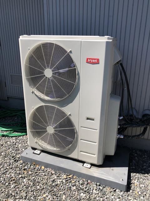 Los Altos, CA - Servicing a Bryant heat pump condenser in Los Altos.