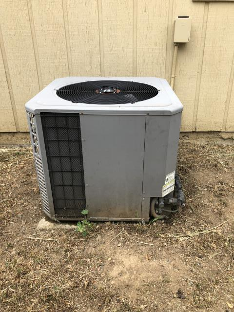 Gilroy, CA - Serviced an air conditioning unit and replaced a bad capacitor on a home in Gilroy.