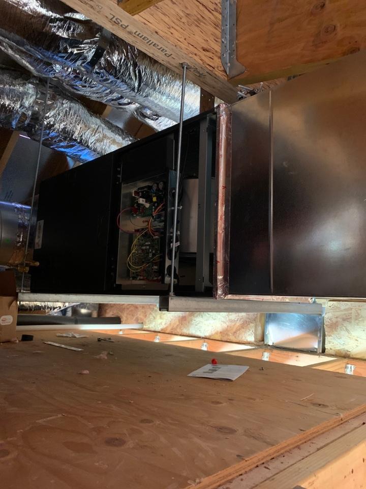 Installing a new Mitsubishi furnace in San Jose