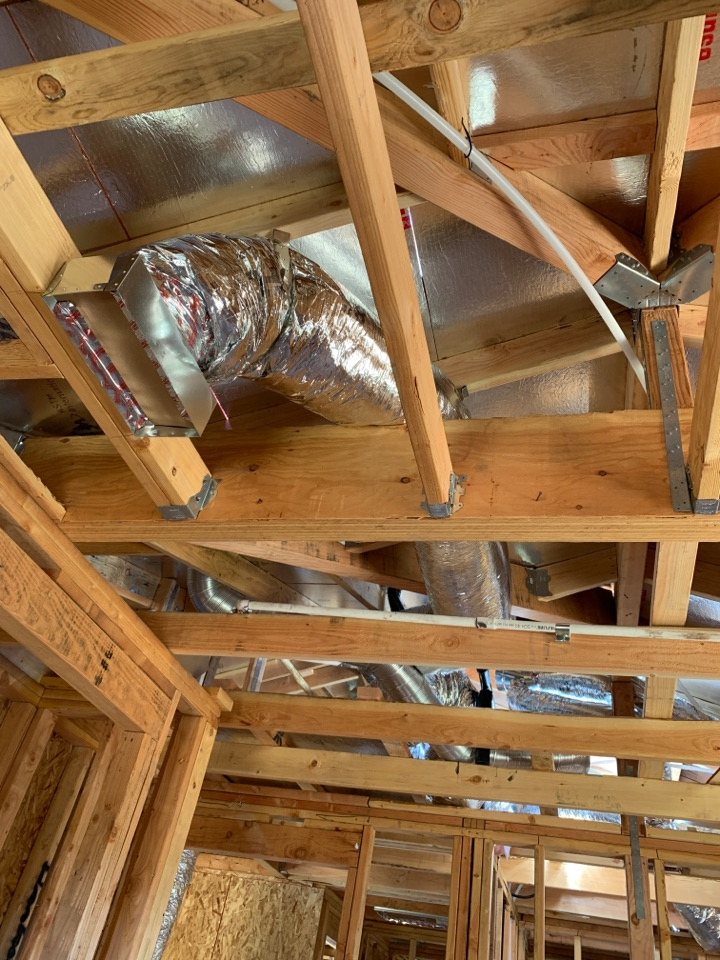 Installing new ducts in Campbell