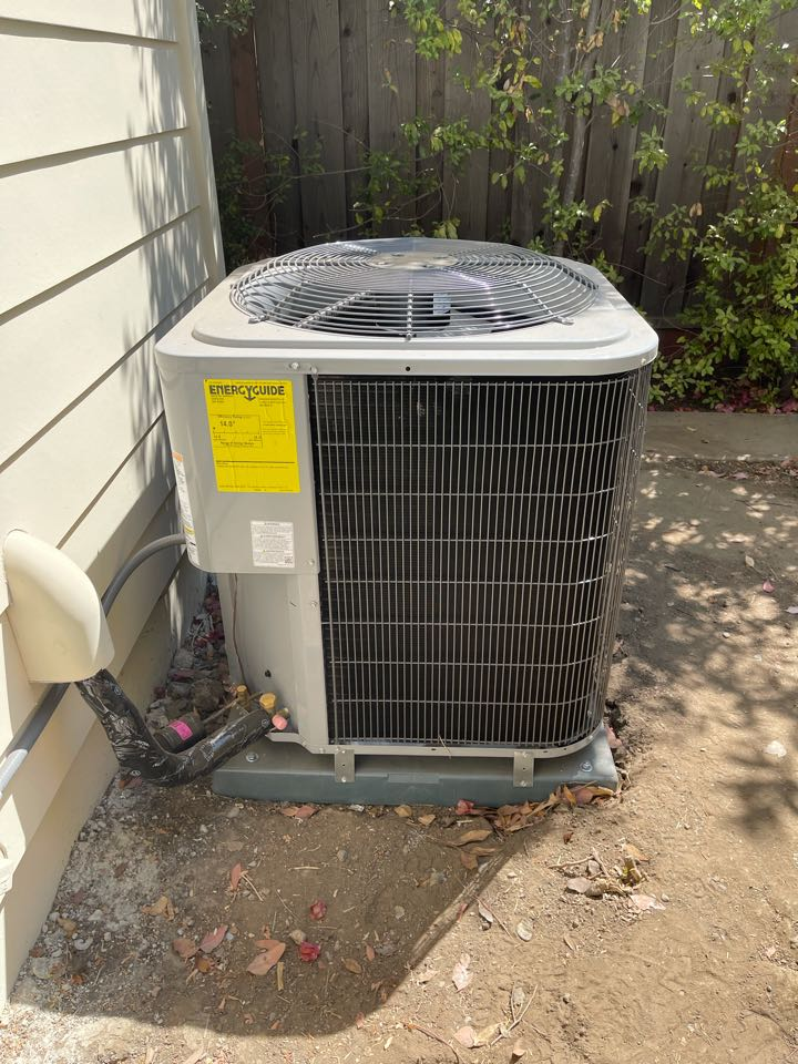 Installing a new heating and ac system in Mountain View.