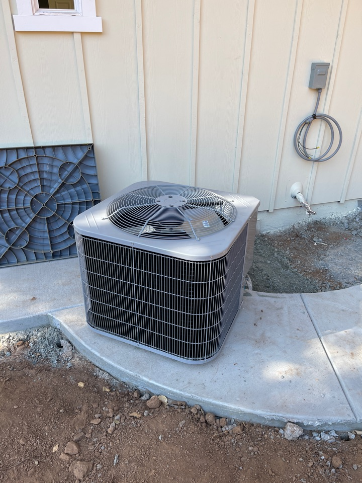 Installing a new heat pump ac system in Gilroy.