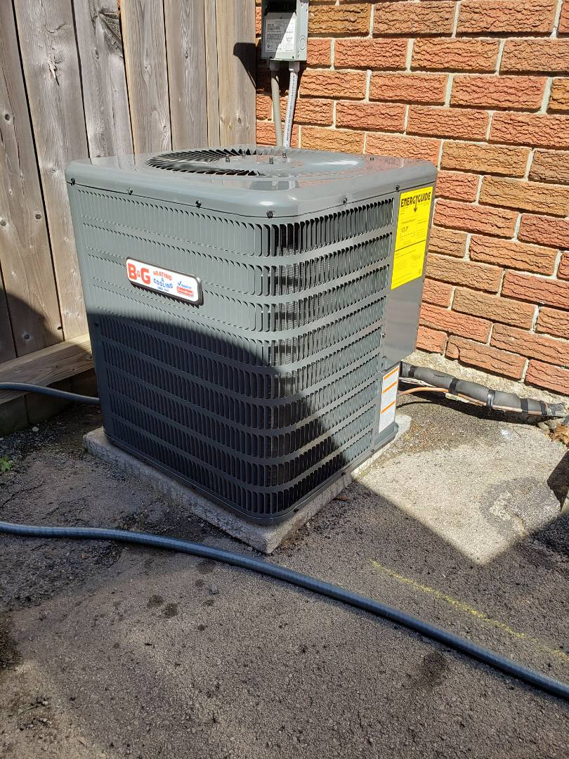 Hamilton, ON - Installing new AC Condenser.