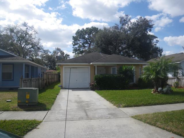 Orlando, FL - Another happy referral . IKO Earthtone Cedar to be installed .
