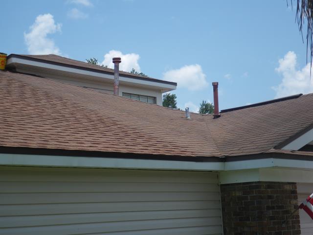 Longwood, FL - New GAF Roof . Sunset Brick . White Drip Molding .Looks Great