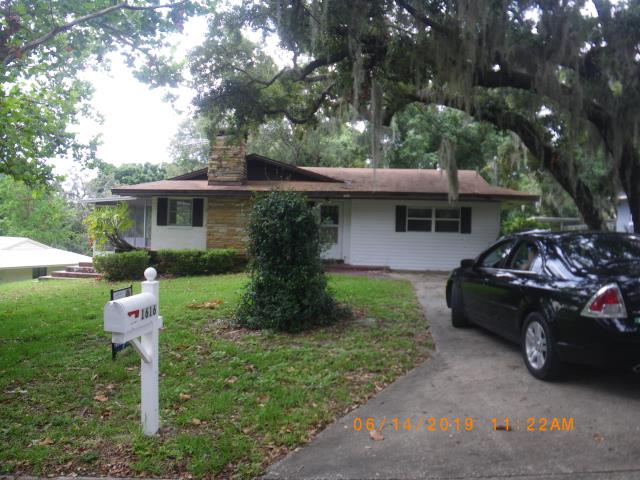 Eustis, FL - Ready for a new roof before going on the market . Selling your home ? Let Jeff check your roof today