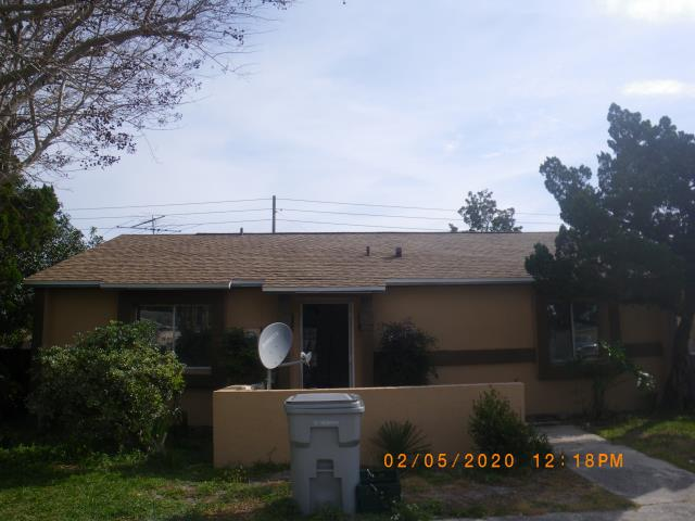 Apopka, FL - Looks great with a new GAF roof . Always ask for Jeff