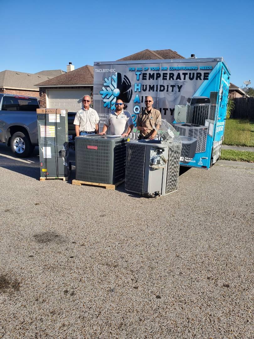 Corpus Christi, TX - Installing a new ac unit in Corpus Christi, TX with the crew!