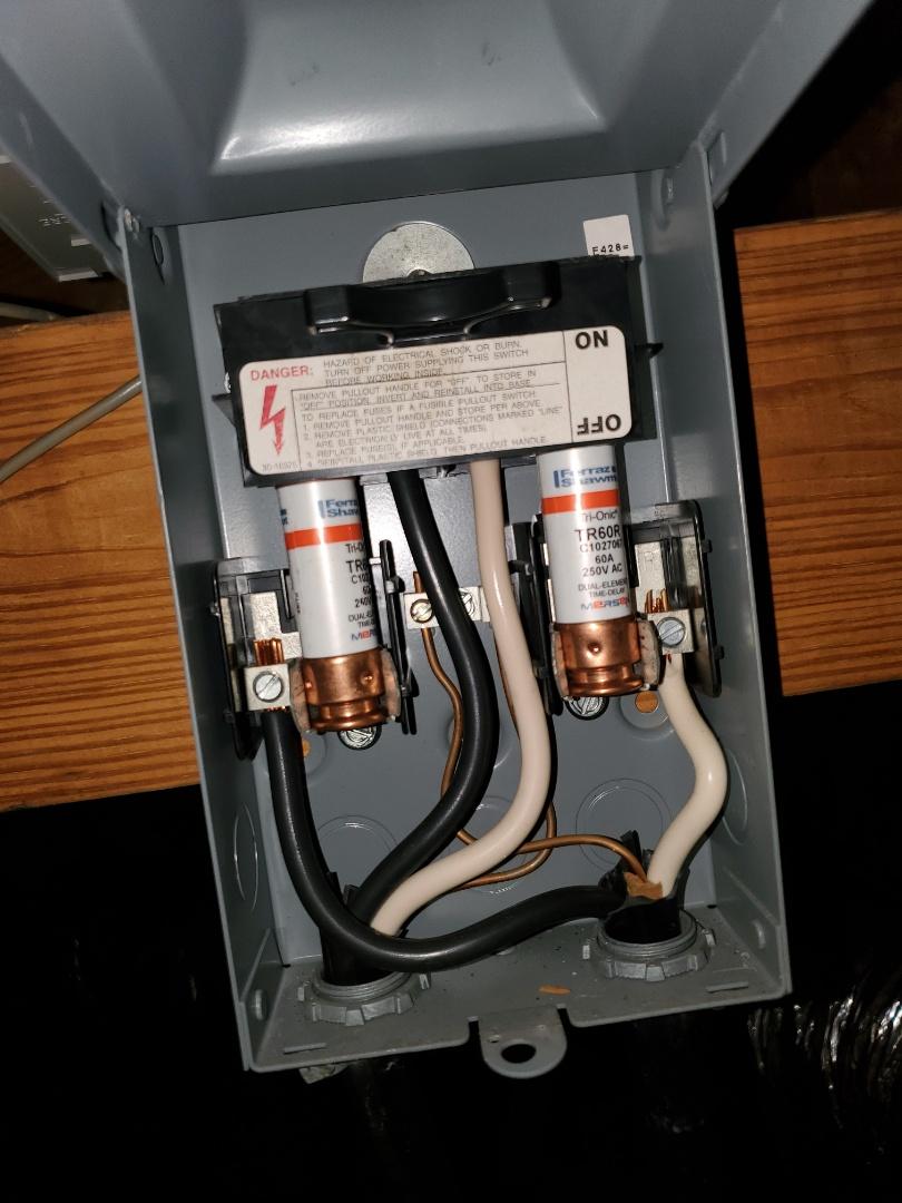 Corpus Christi, TX - Air handler repair in corpus christi texas. Replaced fuses on air conditioner unit.