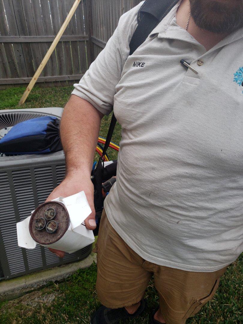 Corpus Christi, TX - Ac repair corpus christi Texas. Replaced a bad capacitor.