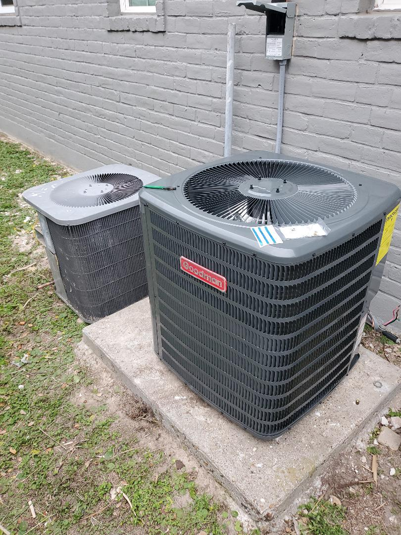Corpus Christi, TX - Ac repair corpus Christi texas. Installing new ac unit. Dehumidifyer install with new air conditioner install.
