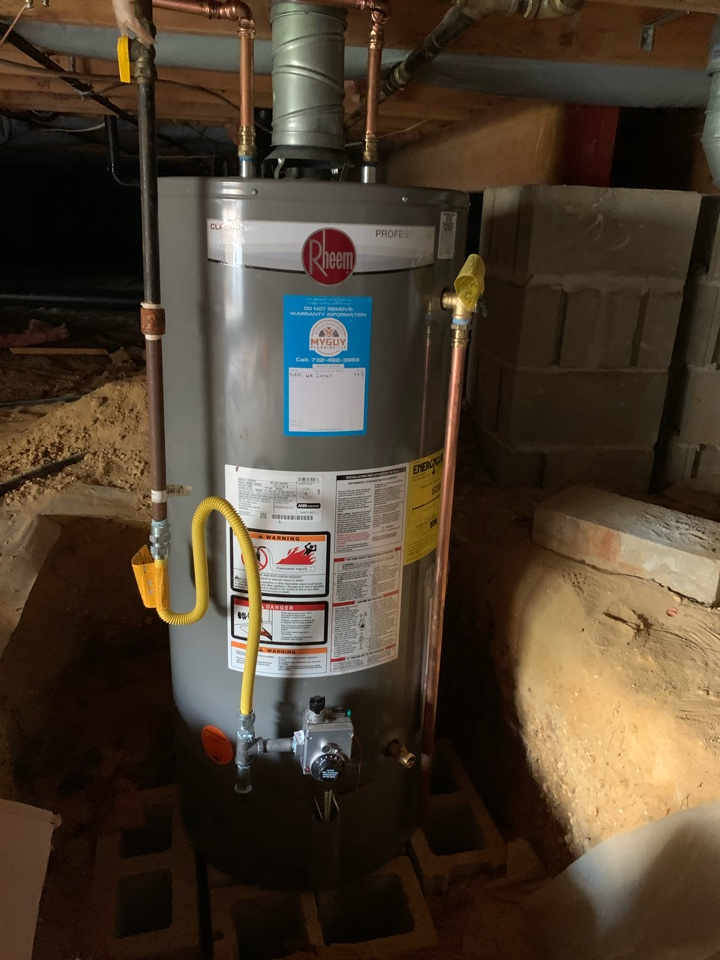 Install new water heater in Beachwood Nj