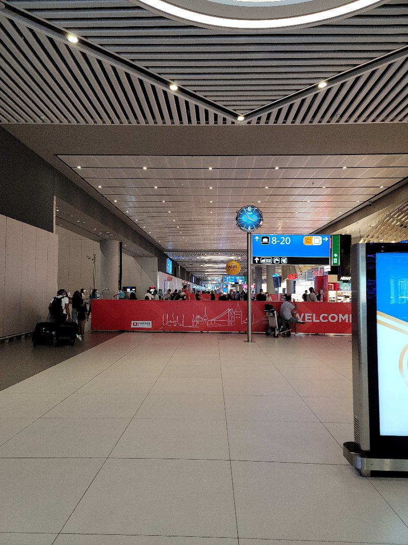 Tayakadın, Arnavutköy - Arriving at Istanbul Airport