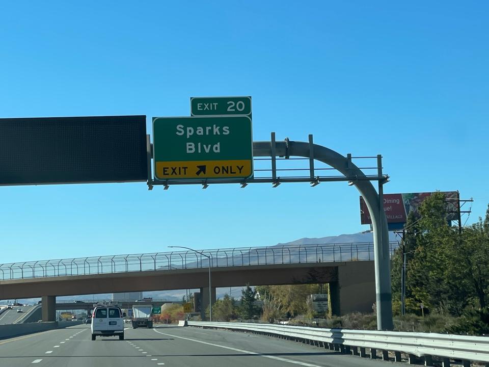 Sparks, NV - Traffic investigation