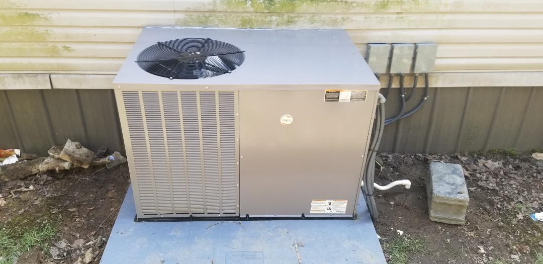 Virgie, KY - Installing Payne 3 ton package heat pump