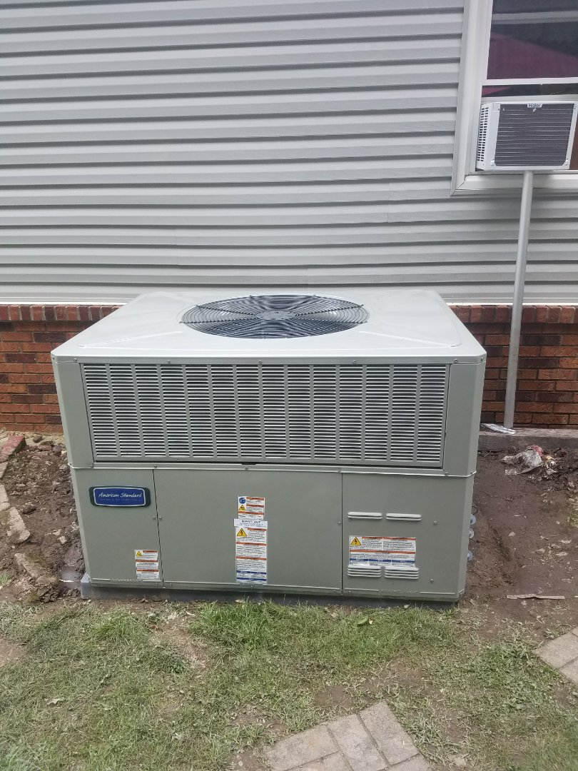 Lick Creek, KY - Install American standard 3.5 ton package heat pump