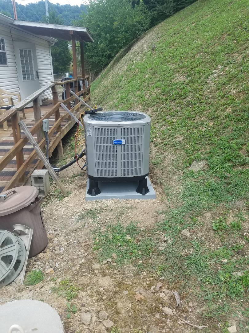 Pikeville, KY - Install 3 ton american standard split system heat pump.