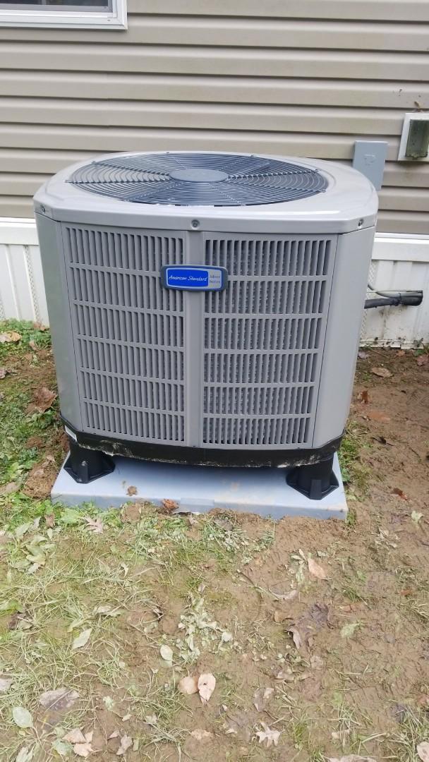 Hellier, KY - Install american standard 3 ton heat pump