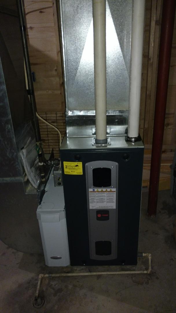 Park Falls, WI - Install new Trane S9V2 furnace.