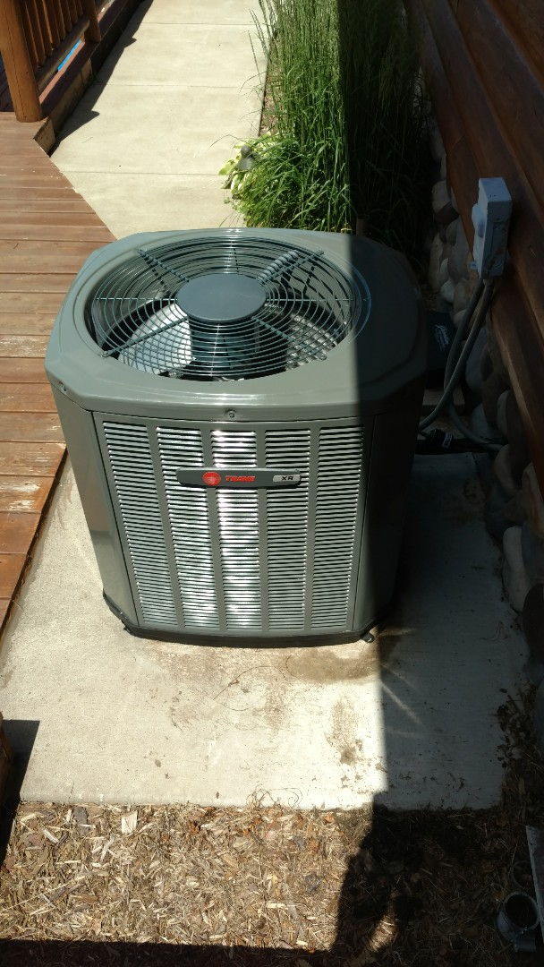 Fifield, WI - Install new Trane XR13 air conditioner.