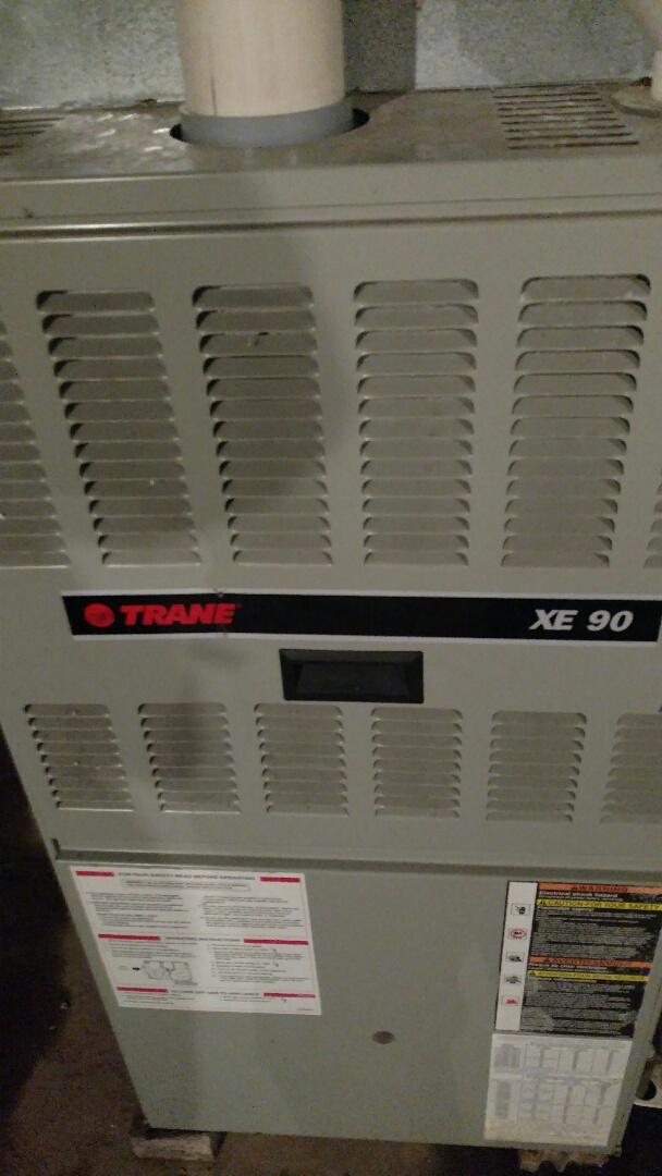 Phillips, WI - Perform preventive maintenance check on Trane XE90 gas furnace.