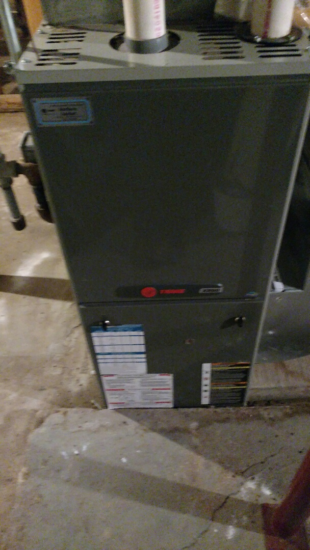 Kennan, WI - Perform preventive maintenance check on Trane XB90 furnace. Install new Honeywell thermostat.
