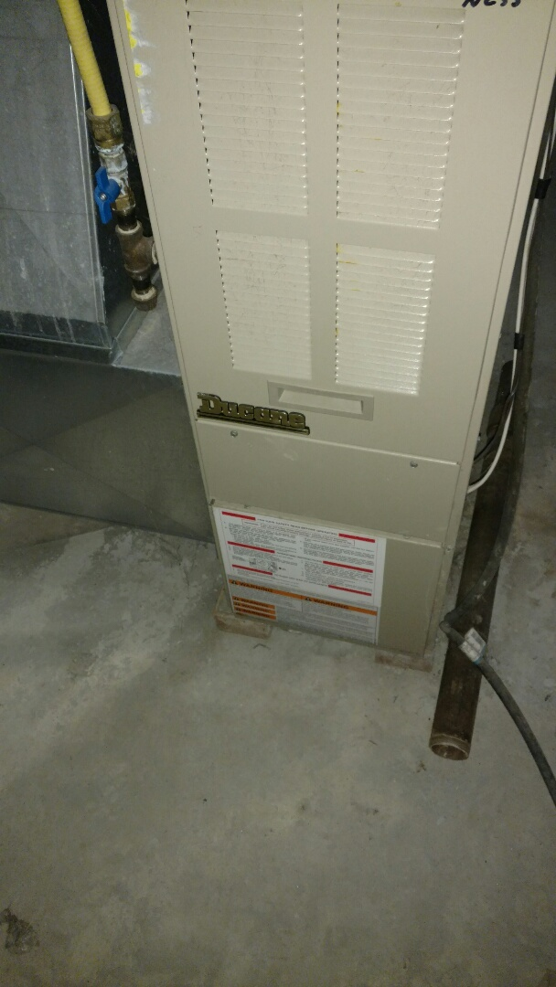 Phillips, WI - Replace glow plug ignitor on Duane gas furnace.