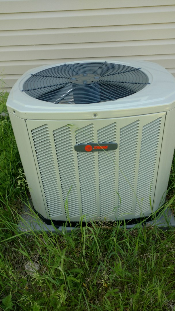 Park Falls, WI - Preventive maintenance check on Trane XR13 air conditioner.