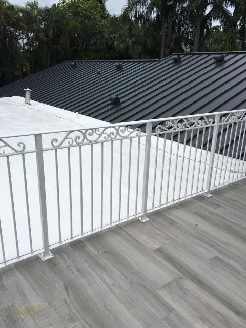 Miami, FL - GACO Applied on the Flat deck of this Miami home.