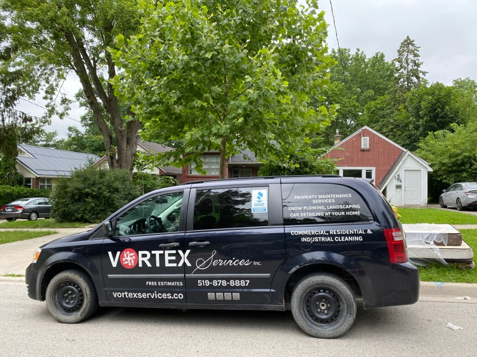 London, ON - Residential cleaning services delivered by vortex services inc, happy customers with the detailed cleaning and sanitizing services done by our professionals