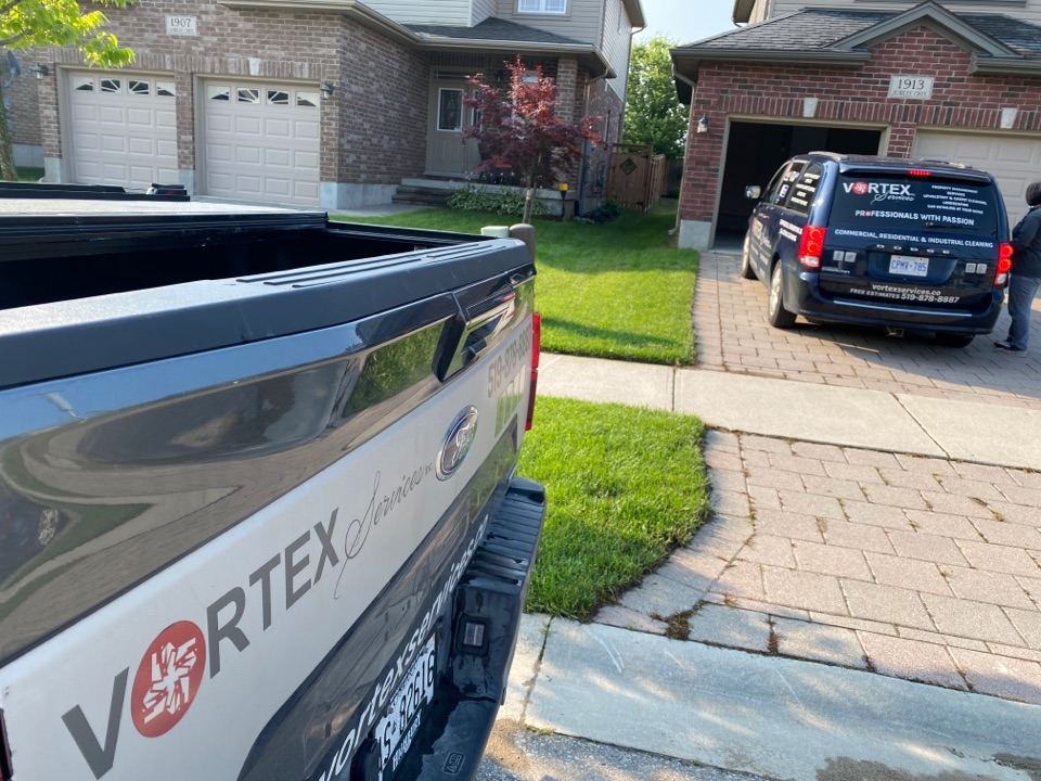 London, ON - Best detailed residential cleaning and sanitizing, thank you Chris and Matt