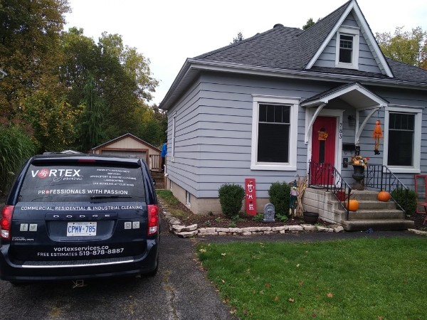 Woodstock, ON - Vortex Services was asked to completely sanitize and clean this gorgeous residential location in Woodstock.