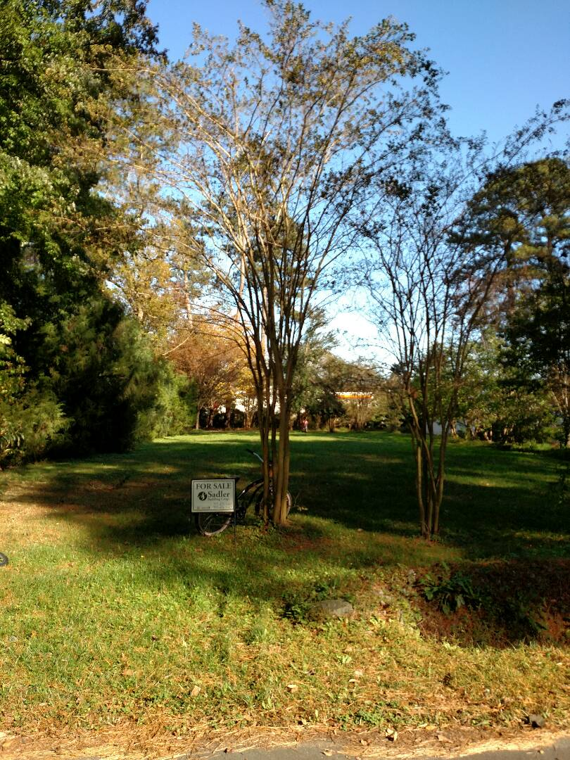 Chesapeake, VA - New home site to be built on with a custom home in the heart of Great Bridge Chesapeake