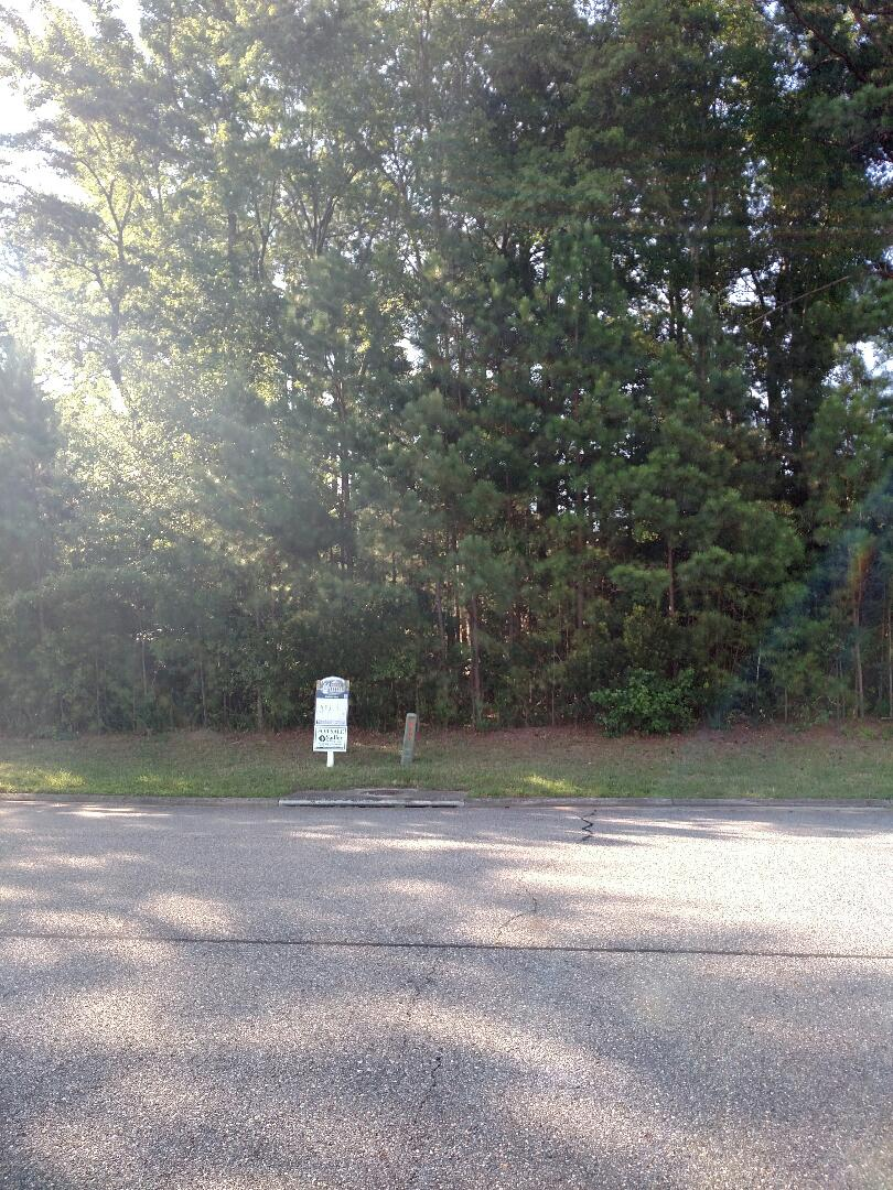 Carrollton, VA - Lot available for a custom home build to suit package