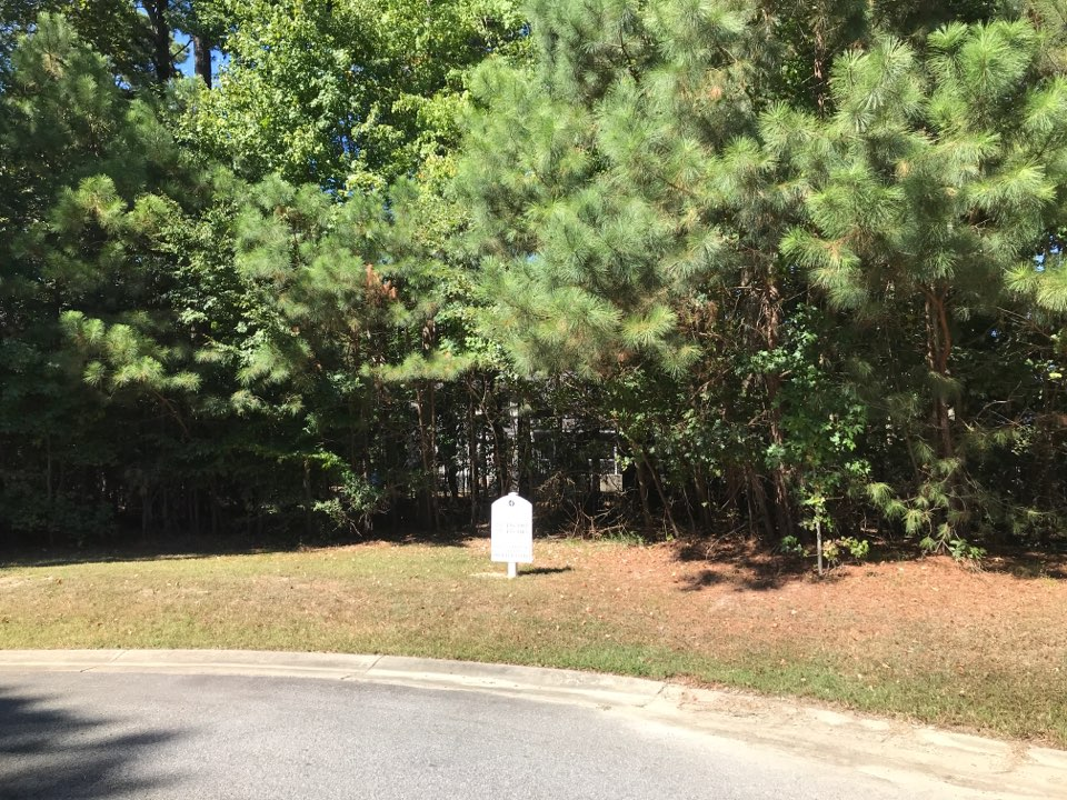 Carrollton, VA - Beautiful wooded cul-de-sac lot in private setting!! Last lot on the street….won't last long in Award Winning Neighborhood!….Founder's Point Community!