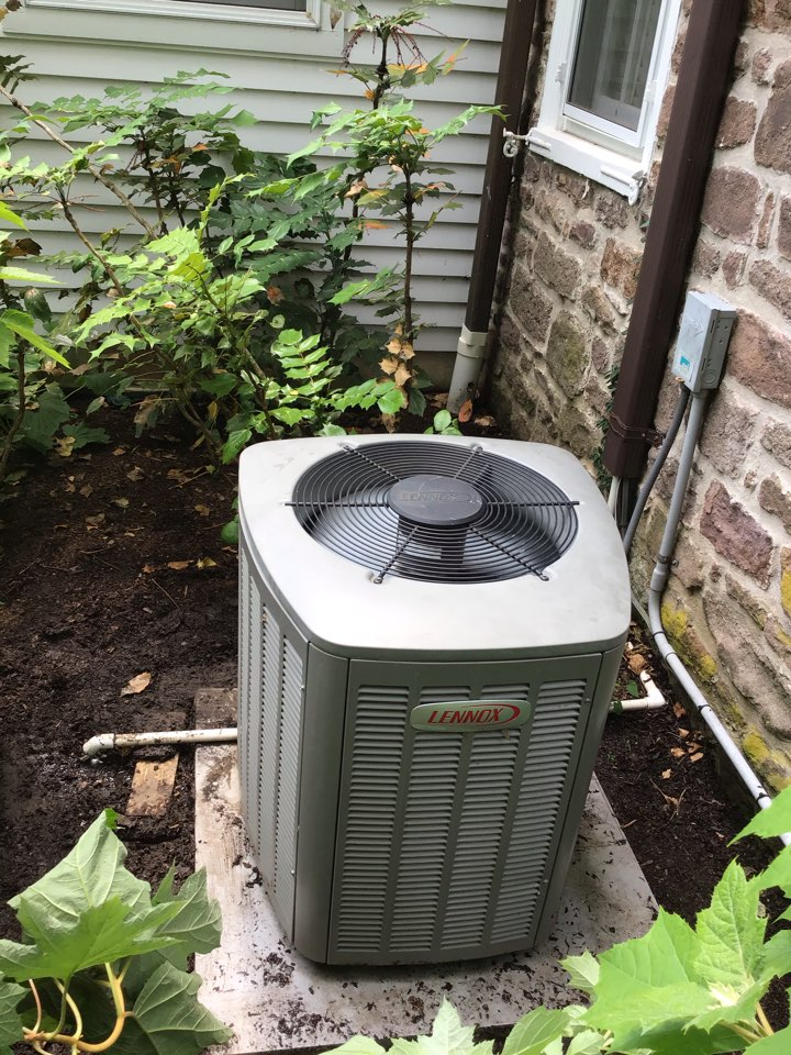 Working on a no AC issue with a Unico high velocity with a Lennox unit