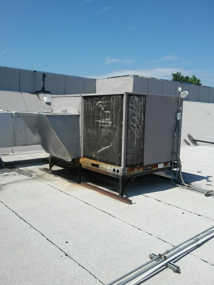 Burlington, NJ - Rooftop air conditioning system condenser