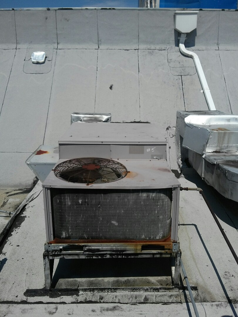 Burlington, NJ - Air conditioning service air conditioning tune up air conditioning system condenser rooftop restaurant