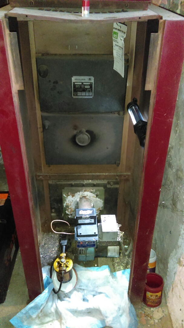 Andalusia, PA - Yearly preventive maintenance and oil boiler tune up American Standard Oil fired boiler tune-up and maintenance