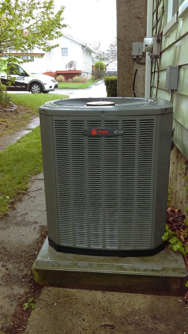 Rockledge, PA - Air conditioning system tune up and preventive maintenance Air conditioning service