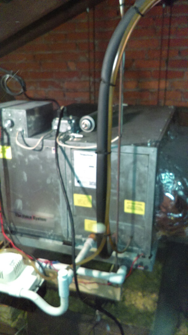 New Hope, PA - Air conditioning system tune up and preventive maintenance of a unico system