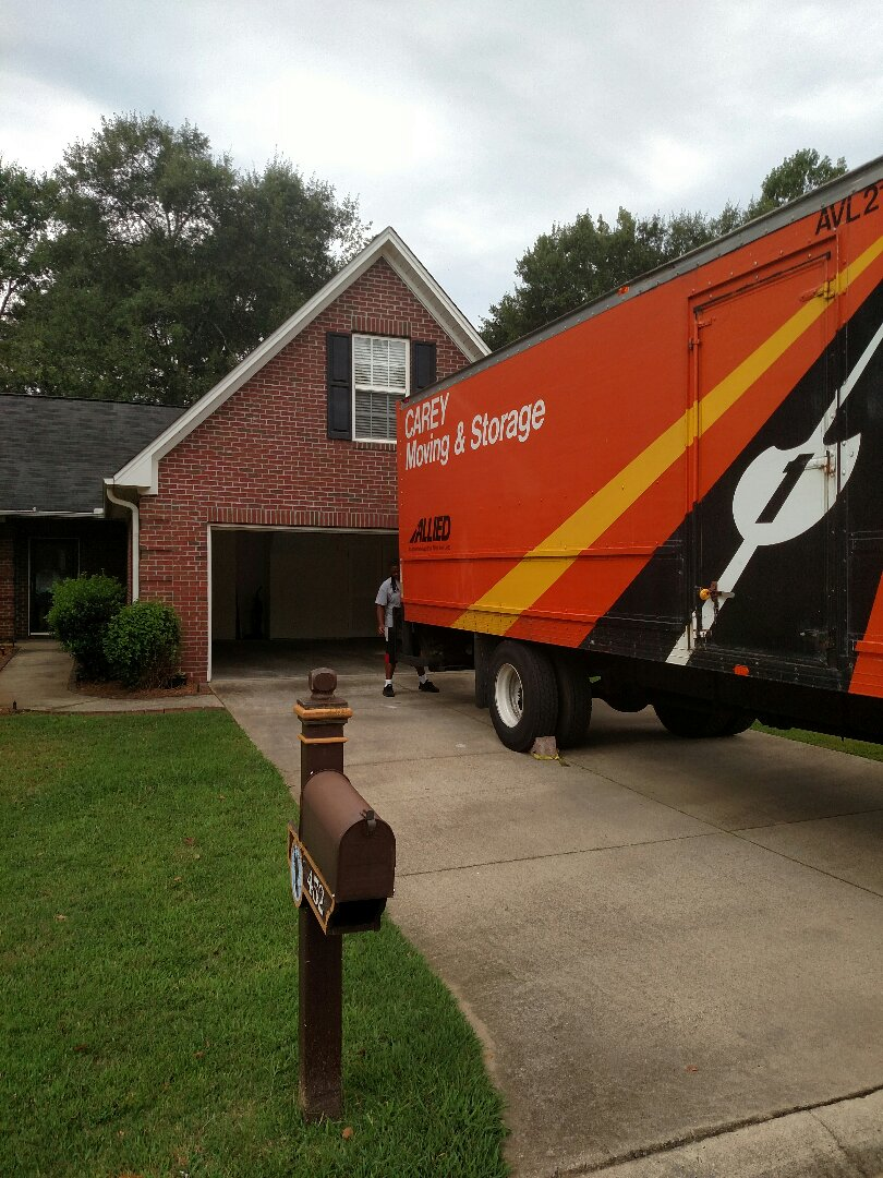Boiling Springs, SC - Delivery and unloading furniture for Ms Katie willams