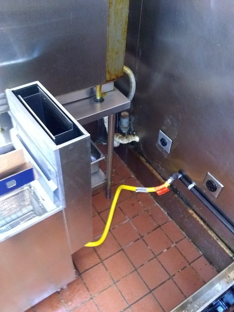 Schuyler, NE - Install gas line and hook up fryer in kitchen