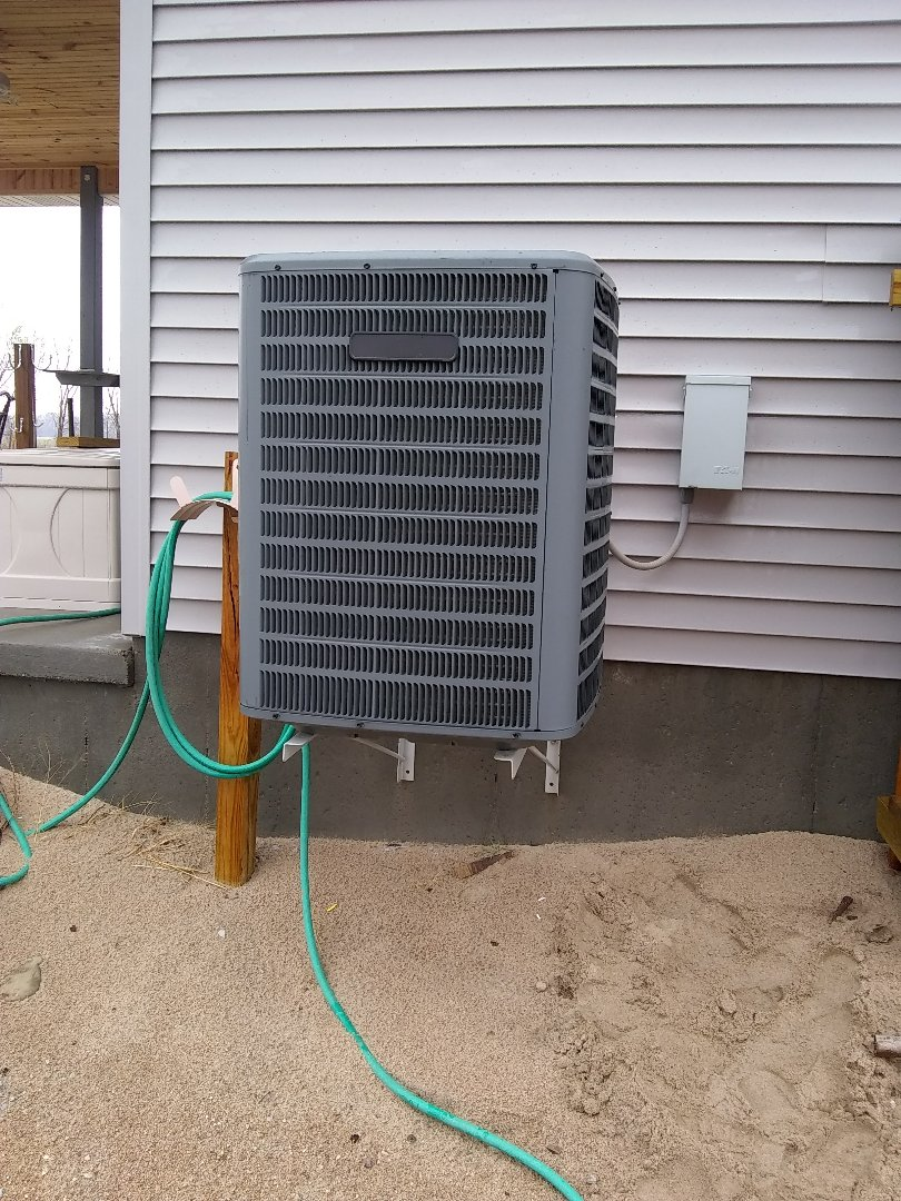 Schuyler, NE - Replace contactor on outdoor unit.