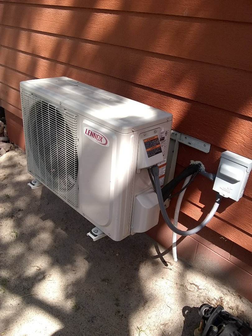 North Bend, NE - Repair mini-split air conditioning system