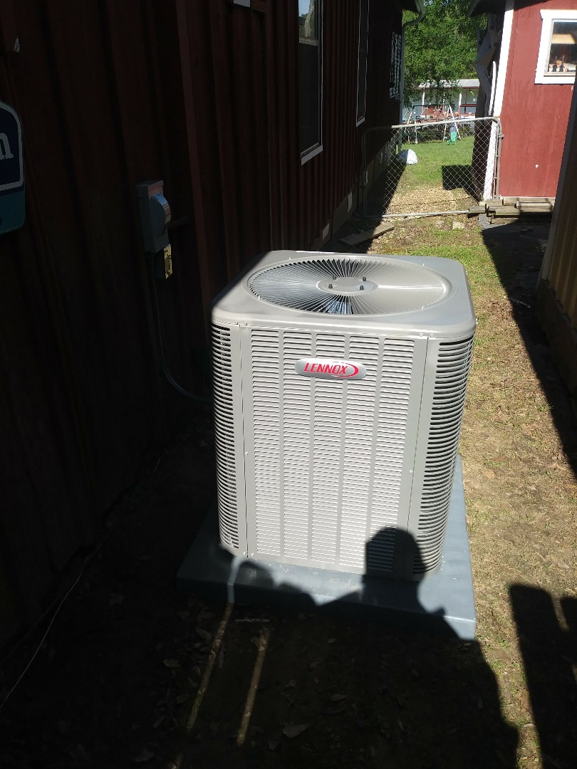 Mabank, TX - Out door unit change out for very nice customer in mabank