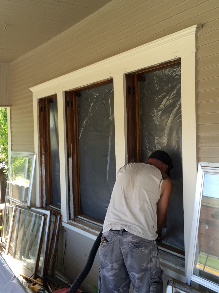 Wichita, KS - Replacing with Soft Lite Double Hung Energy Efficient Windows. College Hill Wichita KS.