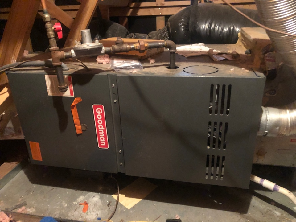 Kernersville, NC - Goodman gas furnace with a bad inducer motor service call.