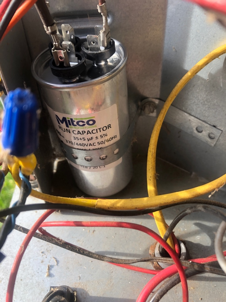Kernersville, NC - York heat pump spring tune up maintenance, found bad capacitor capacity, changed under warranty to avoid a service call this summer