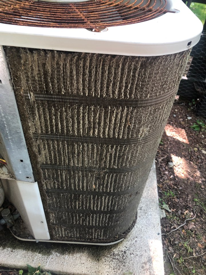 Oak Ridge, NC - Nordyne not cooling. Need to keep coil clean!